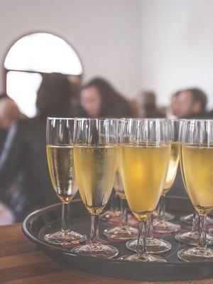 alcohol-alcoholic-bar-16408